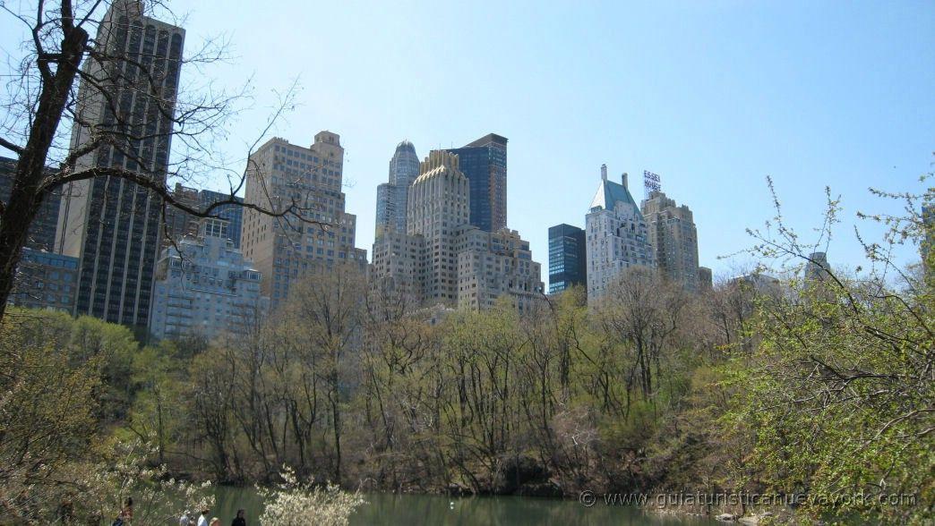 Entrada a Central Park desde la Quinta Avenida