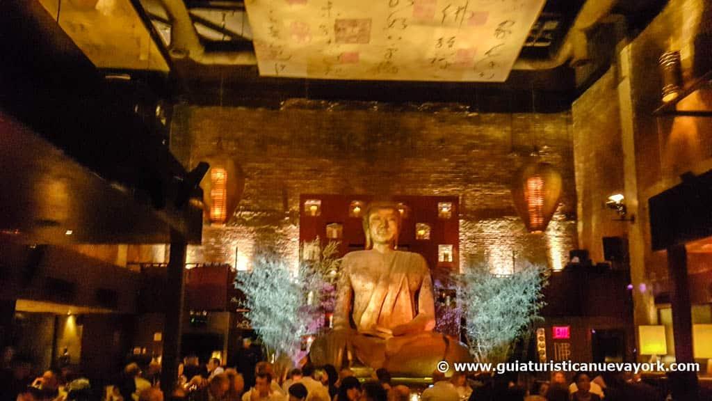 Interior de TAO Uptown