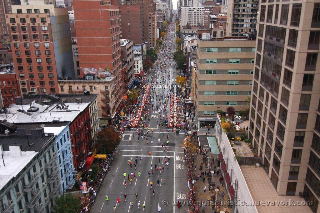 Subiendo por la Primera Avenida