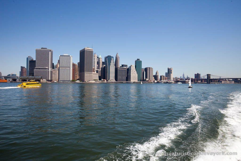 Vistas desde el Water Taxi del Bajo Manhattan