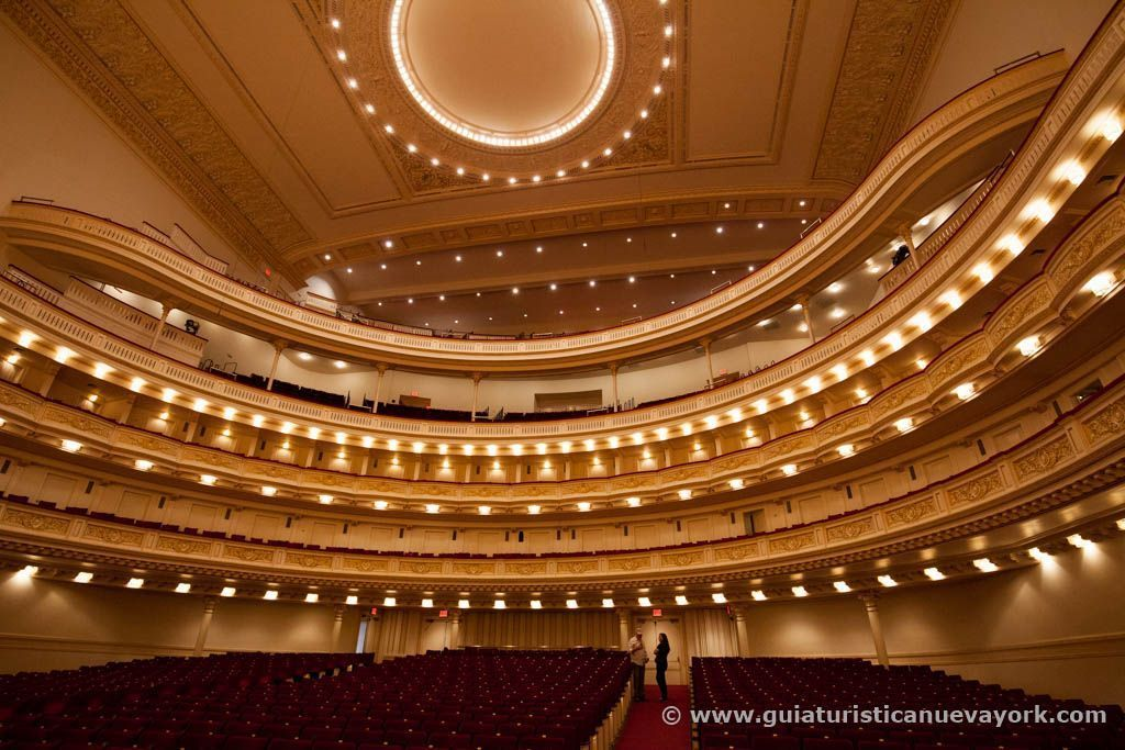 Vista del Carnegie Hall desde el escenario