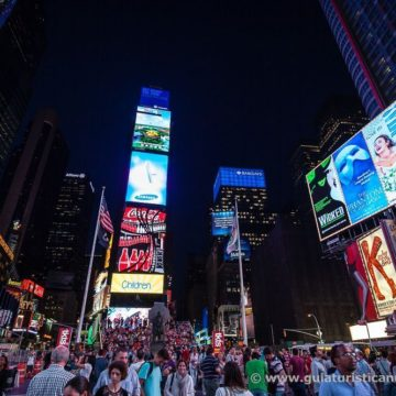 Carteles de Broadway en Times Square