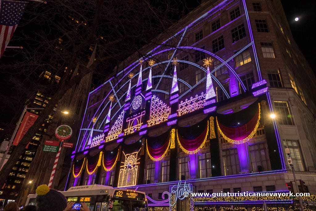 Espectáculo de luces de Navidad del Saks Fifth Avenue