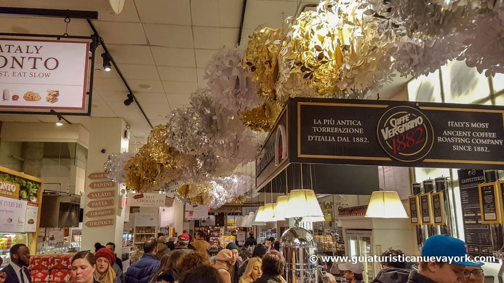 El interior del mercado de Eataly