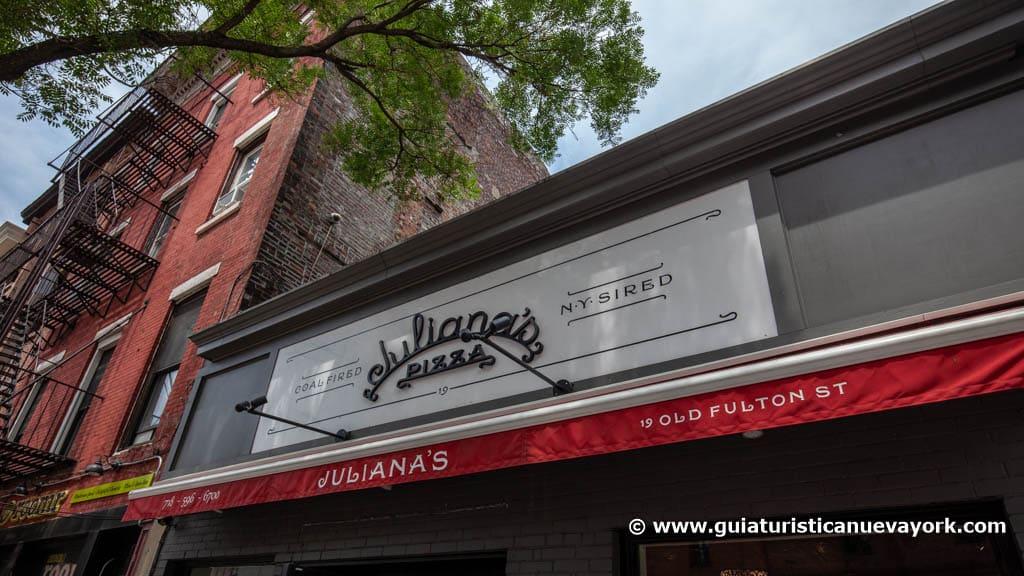 Cartel de Juliana's pizza