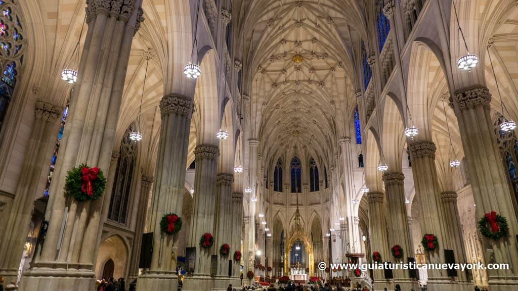 Interior de la catedral de St. Patrick