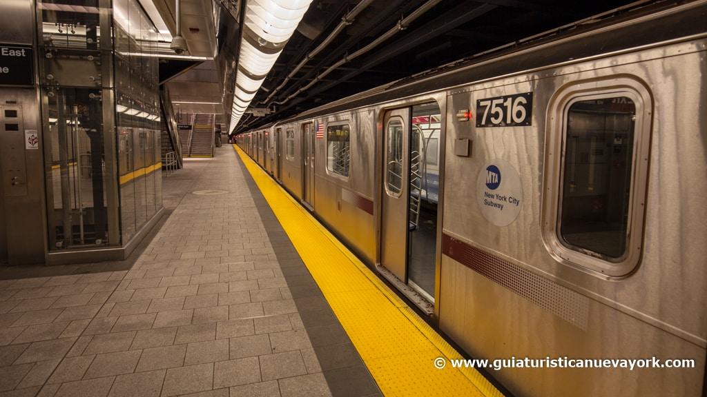 Andén del metro de Nueva York